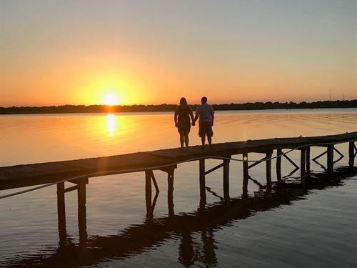 Lake Fork Texas Waterfront Home : Alba : Wood County : Texas