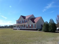 Beautiful Home With Acreage : Odum : Wayne County : Georgia