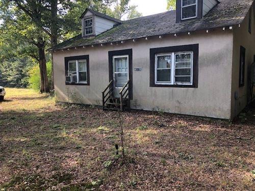 11 Acres, Frontage Rt, 40 Between : Blackstone : Dinwiddie County : Virginia