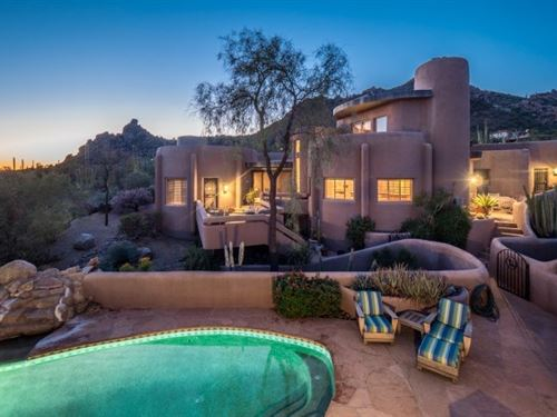 Carefree Scottsdale AZ Black : Carefree : Maricopa County : Arizona