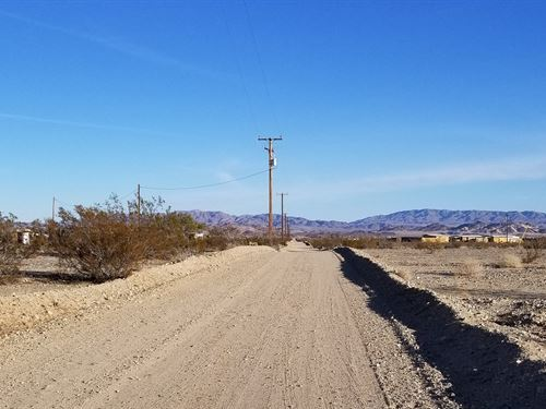 Prime 5 Acres With Power : Twentynine Palms : San Bernardino County : California