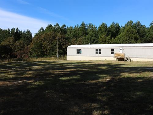 Mobile Home Two Acres Owner : Melbourne : Izard County : Arkansas
