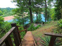 River Front Home in Missouri : Doniphan : Ripley County : Missouri