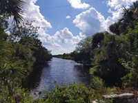 8.9 Acres On Us Hwy 1 : Oak Hill : Volusia County : Florida
