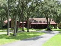 Beautiful Red Cedar Cypress Log Hom : Brooksville : Hernando County : Florida