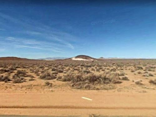 5 Acres Lot In North Edwards, Ca : North Edwards : Kern County : California