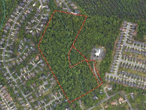 16.46 Acres in Charlotte, Mecklenb : Charlotte : Mecklenburg County : North Carolina