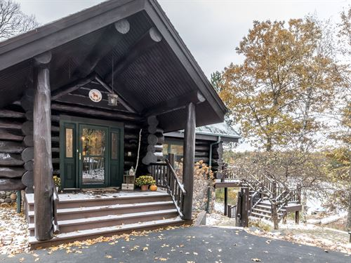 Full Scribe Log Home On 8+ Ac : Washington : Vilas County : Wisconsin