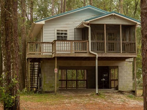 Adorable Little House 2, Nicely : O'brien : Suwannee County : Florida