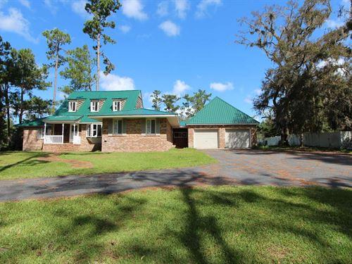Spacious Beautiful House : Live Oak : Suwannee County : Florida