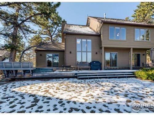 Lake Front Home in Fox Acres : Red Feather Lakes : Larimer County : Colorado