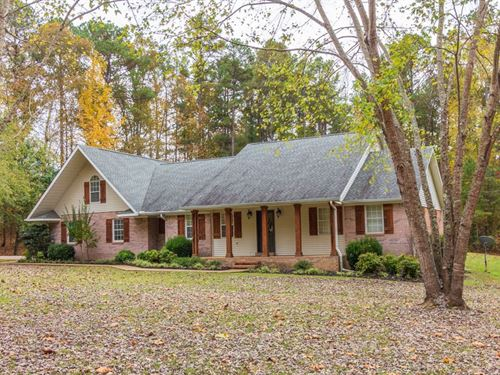 Beautiful Custom Home Pool : Ramer : McNairy County : Tennessee
