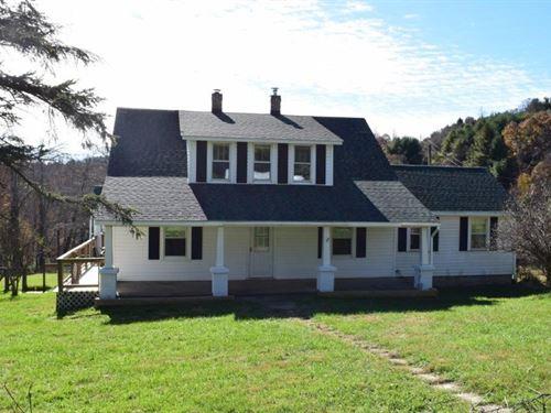 Floyd VA Farm House Blue Ridge : Floyd : Virginia