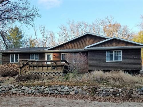 Country Home For Sale Waupaca, WI : Waupaca : Wisconsin