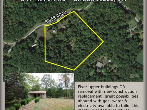 Buildings & 6 Acres In 1 Tract : Crossville : Cumberland County : Tennessee
