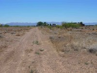 Beautiful Corner Lot Pwr/Wtr Avail : Douglas : Cochise County : Arizona