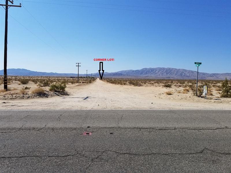 Beautiful Corner Lot With Power : Wonder Valley : San Bernardino County : California