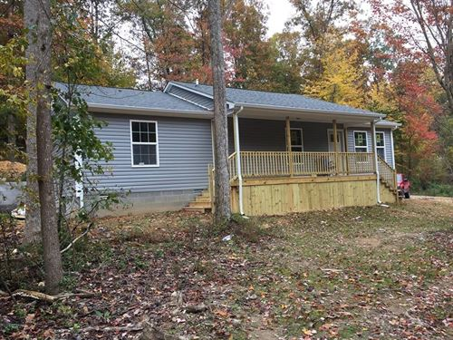 New Home in East Hickman : Lyles : Hickman County : Tennessee