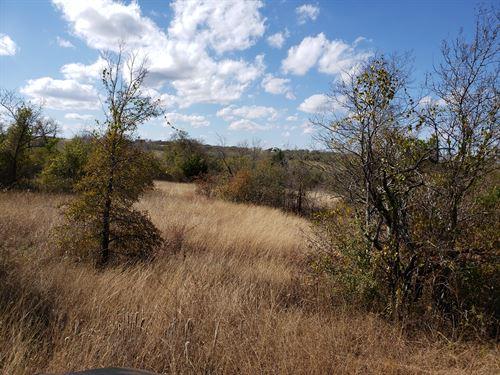 6.95 Ac, Cr 4025, Falls County : Lott : Falls County : Texas