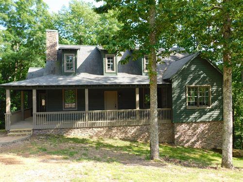 New Cabin TN Pickwick Lake Resort : Savannah : Hardin County : Tennessee