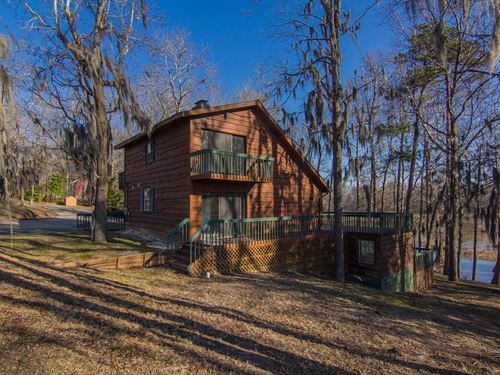 Waterfront Cottage On Lake Marion : Cameron : Calhoun County : South Carolina