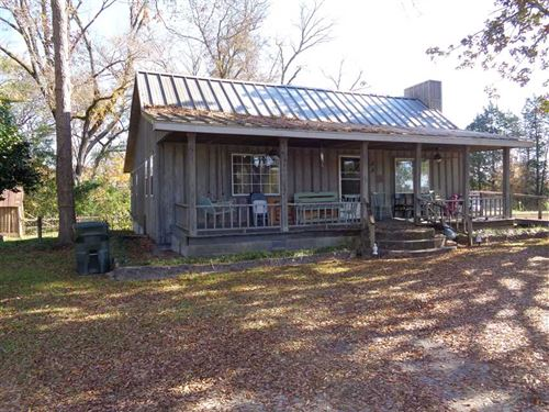 2 Bedroom 1 Bath Cabin on 5 Acres : Pittsview : Russell County : Alabama