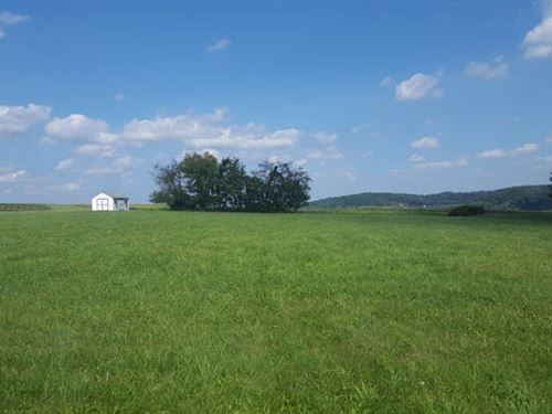 1.27 Acre Building Lot Awaits Your : Bloomsburg : Columbia County : Pennsylvania