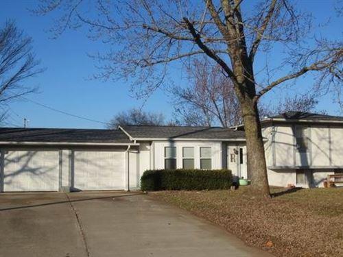 Home, Acreage, Shop El Dorado : El Dorado Springs : Cedar County : Missouri