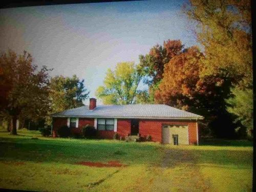 2 Br, 2 BA Home in Whitesburg, TN : Whitesburg : Hamblen County : Tennessee