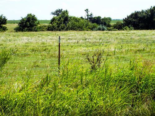 2.5 Acre Building Site : Waukomis : Garfield County : Oklahoma