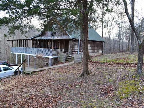 5 Acres & Getaway Cabin With : Clinton : Van Buren County : Arkansas