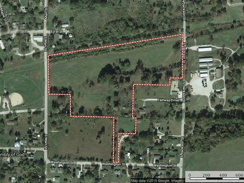Development Land In Town, Missouri : Mountain View : Howell County : Missouri