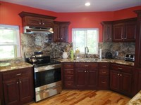 Awesome 7 Bedroom Home on 10 Acre : Willow Springs : Texas County : Missouri