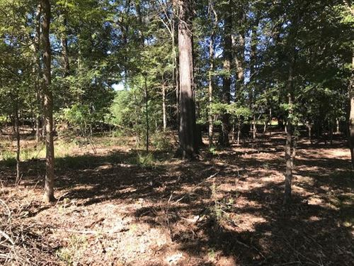 Lot 18 Bentwood : Clinton : Hinds County : Mississippi