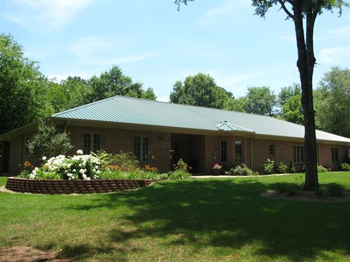 4 Bedroom Home TN Shop & Big Shed : Michie : Hardin County : Tennessee