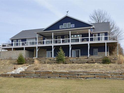 Amazing Water View Home Lake : Unionville : Putnam County : Missouri