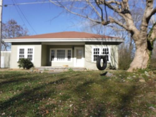 Charming Home In The Country 3Bd/2B : Moss : Clay County : Tennessee