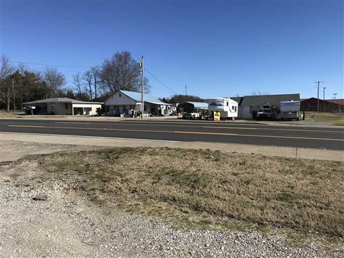 3 Commercial Lots With 260 ft : Cave City : Sharp County : Arkansas