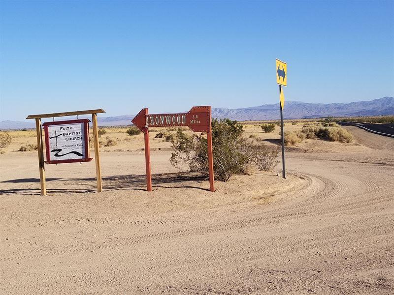 Near Ironwood Christian Academy : Newberry Springs : San Bernardino County : California