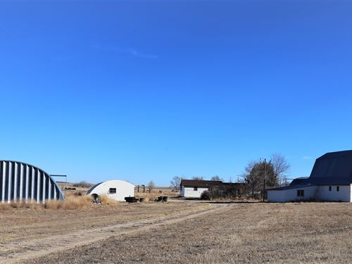 Cactus Hill Farm House-North Sterli : Sterling : Logan County : Colorado