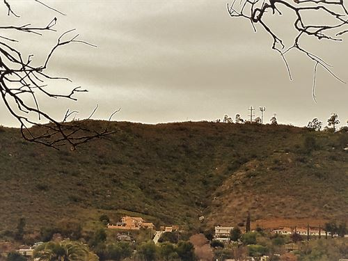 Hilltop View Property : Lakeside : San Diego County : California