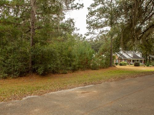 Double Lots Homes Only Subdivision : Live Oak : Suwannee County : Florida