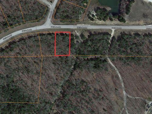 Lot For Sale in Horseshoe Bend, AR : Horseshoe Bend : Izard County : Arkansas