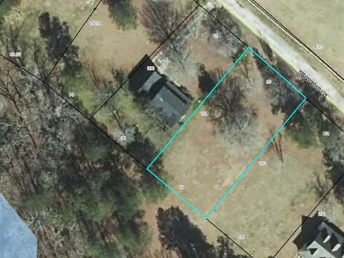 Level Water Front Lot in a Quiet : Summerton : Clarendon County : South Carolina