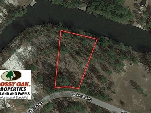 .45 Acre Lot of Residential Land : Harrells : Bladen County : North Carolina