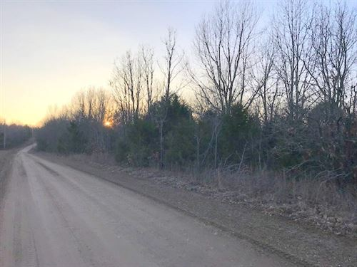 Timberland Property Bergman School : Harrison : Boone County : Arkansas