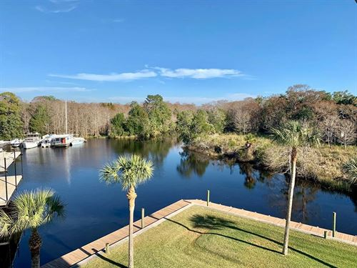Condo Suwannee,Florida, Boat Slip : Suwannee : Dixie County : Florida