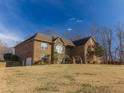 Beautiful Custom Brick Home Oxford : Selmer : McNairy County : Tennessee