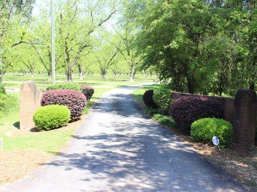 Country Escape On 15 Acres : Camilla : Mitchell County : Georgia
