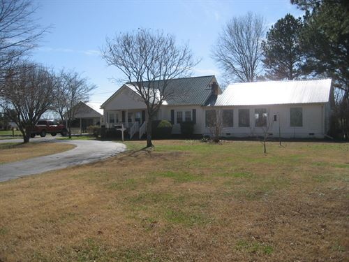 Mini Farm TN Barn, Pasture, Pond, 6 : Stantonville : McNairy County : Tennessee